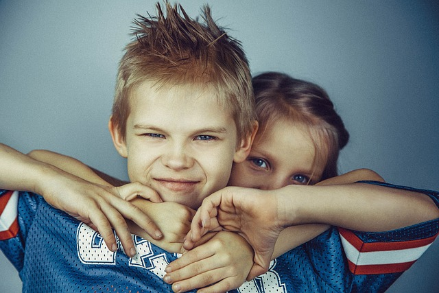 brothers-and-sisters-692822_640